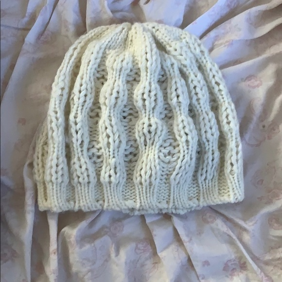 Accessories - Knit winter hat